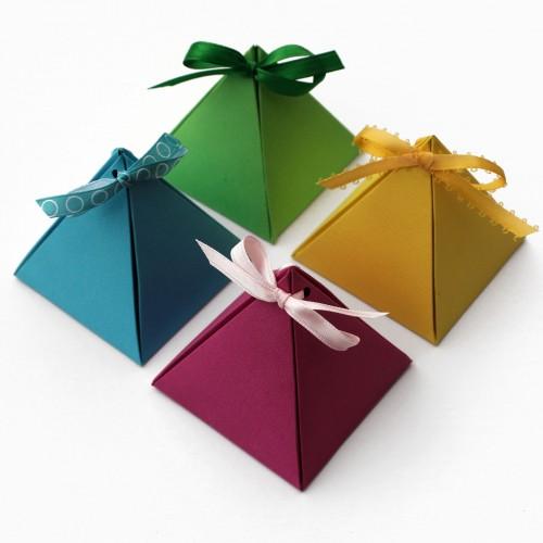 Giấy Thuận An   Hộp giấy mỹ thuật hình kim tự tháp